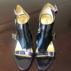 Vintage Guess patent leather heels.